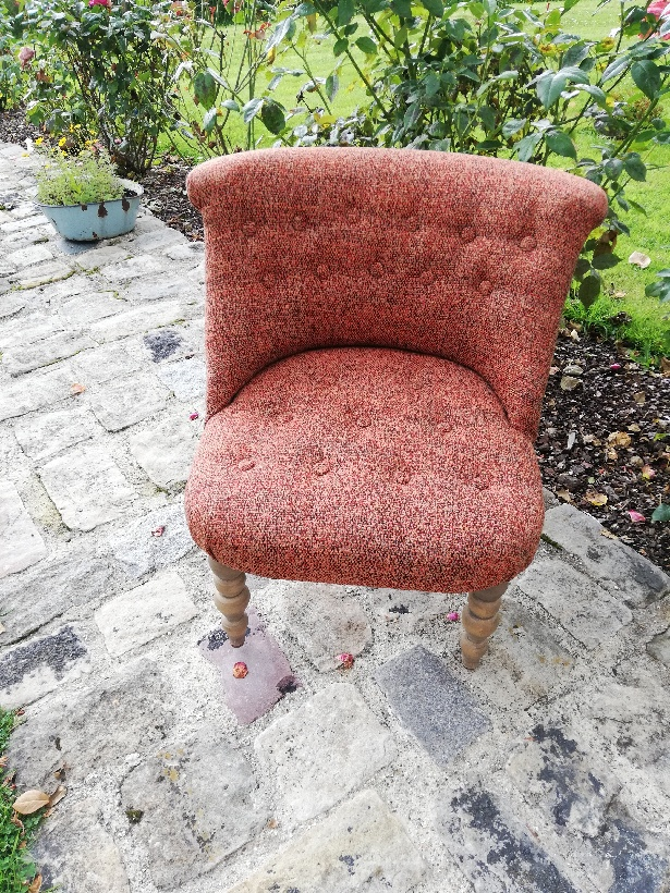 Fauteuil crapaud moderne