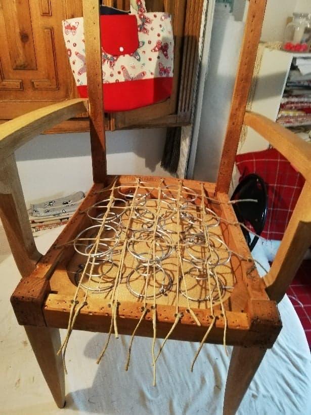 fauteuil démonté tapisserie